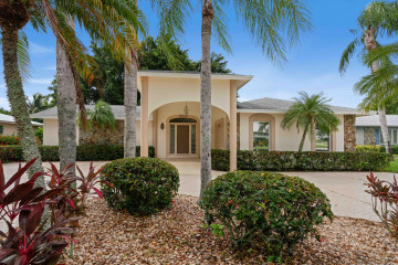 Home for Sale at 9852 SE Little Club Way S, Tequesta FL 33469