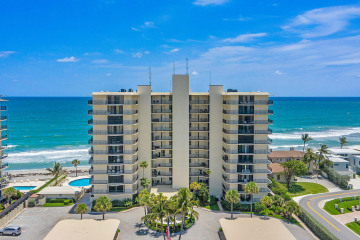Home for Rent at 100 Beach Road #202, Tequesta FL 33469