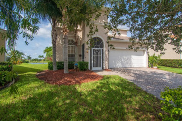 Home for Sale at 611 Calamondin Way Sw, Vero Beach FL 32968
