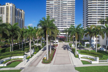 Home for Rent at 525 S Flagler Drive #23B, West Palm Beach FL 33401