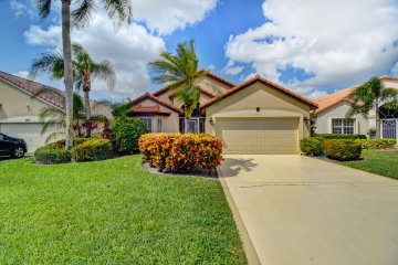 Home for Sale at 7576 Stirling Bridge Boulevard N, Delray Beach FL 33446
