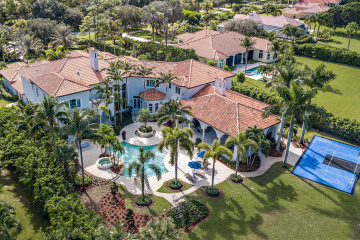 Home for Sale at 7816 Steeplechase Drive, Palm Beach Gardens FL 33418