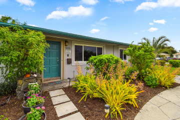 Home for Sale at 905 Ironwood Road, North Palm Beach FL 33408