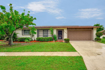 Home for Sale at 14849 Country Lane, Delray Beach FL 33484