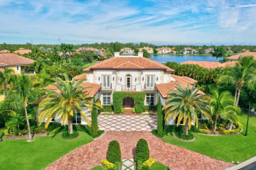 Home for Sale at 125 Playa Rienta Way, Palm Beach Gardens FL 33418