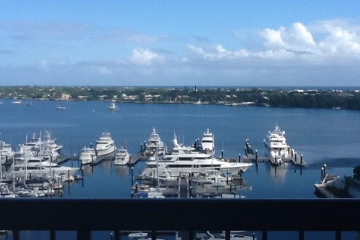 Home for Sale at 115 Lakeshore Drive #1149, North Palm Beach FL 33408