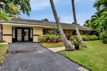 Home for Sale at 732 Heron Drive, Delray Beach FL 33444