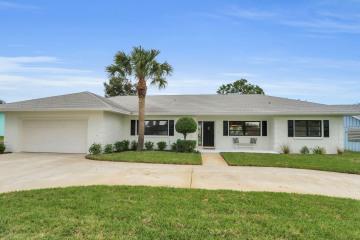Home for Rent at 8936 SE Bahama Circle, Hobe Sound FL 33455