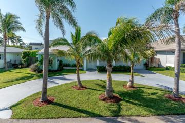 Home for Rent at 208 Linda Lane, Palm Beach Shores FL 33404