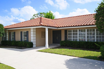Home for Sale at 74 Golfview Drive, Tequesta FL 33469