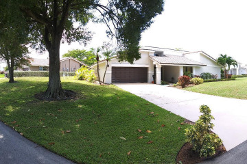 Home for Rent at 678 Lakewoode Circle E, Delray Beach FL 33445