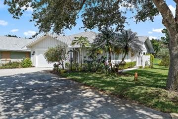 Home for Sale at 12697 SE Pinehurst Court, Hobe Sound FL 33455