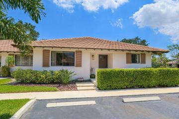 Home for Rent at 111 Club Drive, Palm Beach Gardens FL 33418