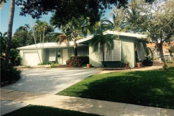 Home for Sale at 4730 NE 22nd Avenue, Lighthouse Point FL 33064