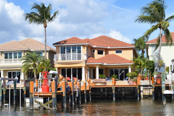Home for Sale at 722 Sandy Point Lane, North Palm Beach FL 33410
