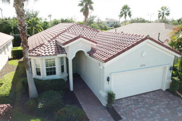 Home for Sale at 10076 SW Oak Tree Circle, Port Saint Lucie FL 34987