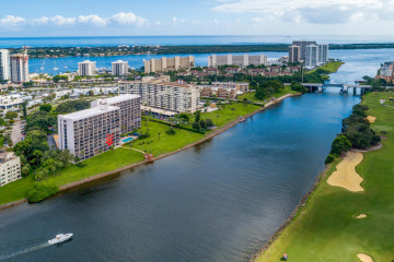 Home for Sale at 356 Golfview Road #107, North Palm Beach FL 33408