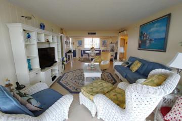 Home for Rent at 1605 S Us Highway 1 #M1-404, Jupiter FL 33477