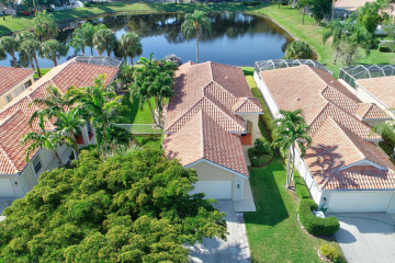 Home for Sale at 4642 Hammock Circle, Delray Beach FL 33445