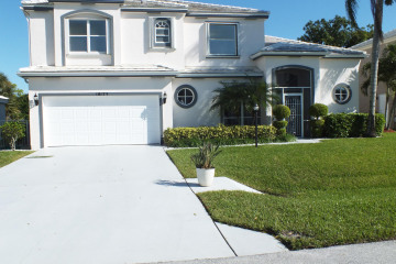 Home for Sale at 18173 SE Fairview Circle, Tequesta FL 33469