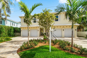 Home for Sale at 500 NE Wavecrest Way, Boca Raton FL 33432