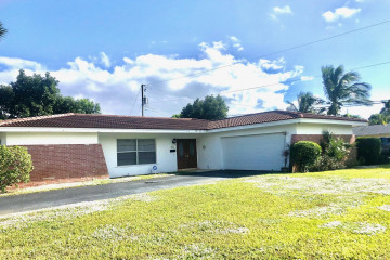 Home for Sale at 756 Tradewind Drive, North Palm Beach FL 33408