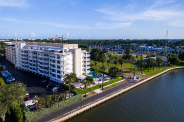 Home for Rent at 333 Sunset Avenue #207, Palm Beach FL 33480