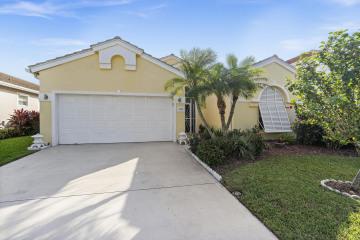 Home for Sale at 3106 SE Brierwood Place, Stuart FL 34997