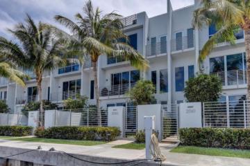 Home for Rent at 2743 NE 1st Street, Pompano Beach FL 33062