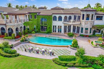 Home for Sale at 494 Mariner Drive, Jupiter FL 33477