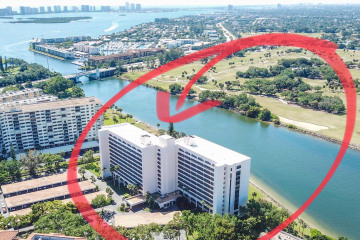 Home for Rent at 356 Golfview Road #PH-3, North Palm Beach FL 33408