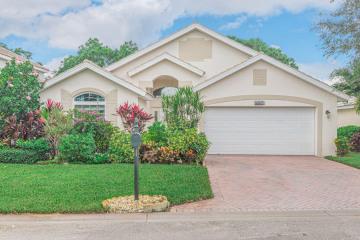 Home for Sale at 8045 SE Morningwood Place, Hobe Sound FL 33455