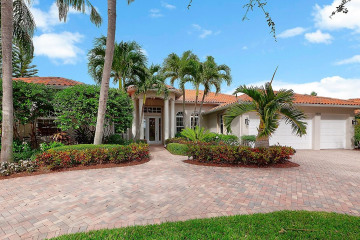 Home for Sale at 8835 SE Bayberry Terrace, Hobe Sound FL 33455