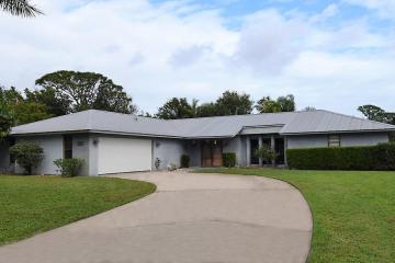 Home for Sale at 3541 SE Micanopy Terrace, Stuart FL 34997