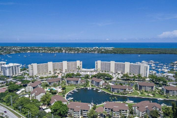 Home for Sale at 130 Lakeshore Drive #822, North Palm Beach FL 33408
