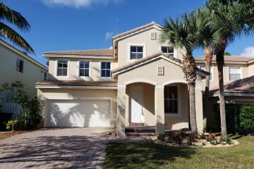 Home for Sale at 1170 W Magnolia Circle, Delray Beach FL 33445