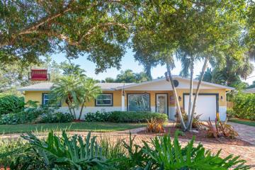 Home for Sale at 100 SE Saint Lucie Boulevard, Stuart FL 34996