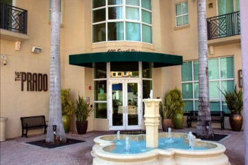 Home for Rent at 600 S Dixie Highway #235, West Palm Beach FL 33401