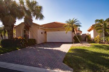 Home for Sale at , Boynton Beach FL 33437