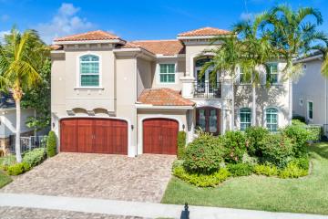 Home for Sale at 1609 E Hemingway Drive, Juno Beach FL 33408
