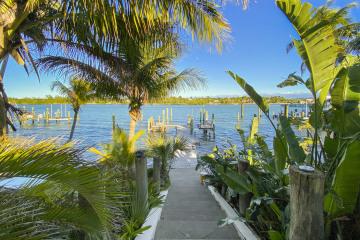 Home for Rent at 17781 SE Federal Highway, Tequesta FL 33469