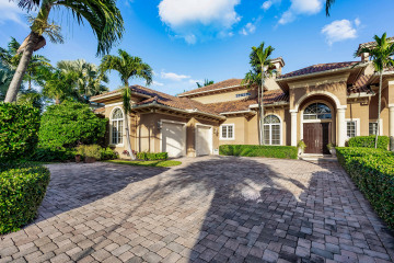 Home for Sale at 18385 SE Federal Highway, Tequesta FL 33469