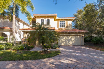 Home for Rent at 633 Castle Drive, Palm Beach Gardens FL 33410