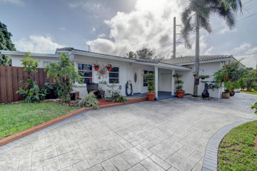 Home for Sale at 1500 NE 32nd Place, Pompano Beach FL 33064