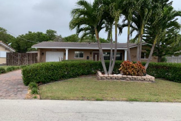 Home for Sale at 2741 NE 53rd Court, Lighthouse Point FL 33064