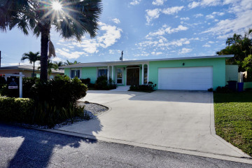 Home for Sale at 420 Sunset Way, Juno Beach FL 33408