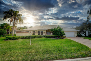Home for Sale at 8878 SE Marina Bay Drive, Hobe Sound FL 33455