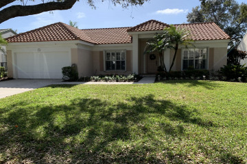 Home for Sale at 3758 Satin Leaf Court, Delray Beach FL 33445