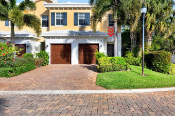 Home for Sale at 201 Mariner Court, North Palm Beach FL 33408
