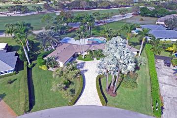 Home for Sale at 218 SE Turtle Creek Drive, Tequesta FL 33469